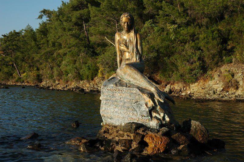 ilginc - DSC 0833 - Kendi Yelkenlisi İle Dünya Etrafında Tur Atan İlk Türk
