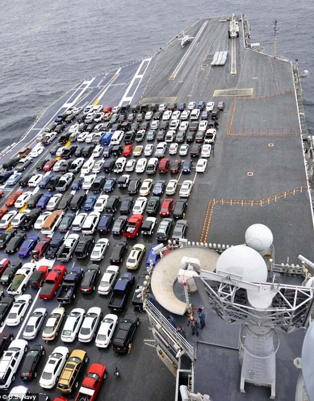 ilginc - usa1 - Otomobil Taşıyan Uçak Gemisi USS Ronald Reagan