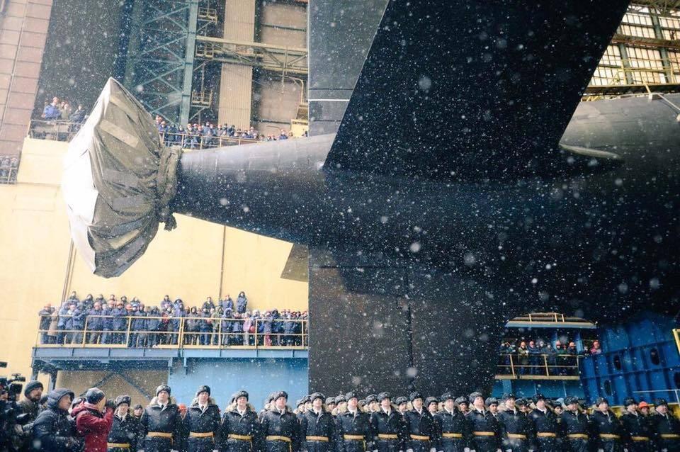 sektorel, haberler - rus da 2 - Rusya Yeni Nükleer Denizaltısını Suya İndirdi