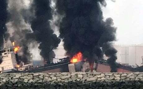 haberler, gundem - Petrol Tankeri Patladı 1 - Petrol Tankeri Patladı | 1 Personel Hayatını Kaybetti | BAE