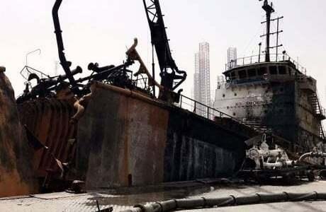 haberler, gundem - Petrol Tankeri Patladı 2 - Petrol Tankeri Patladı | 1 Personel Hayatını Kaybetti | BAE