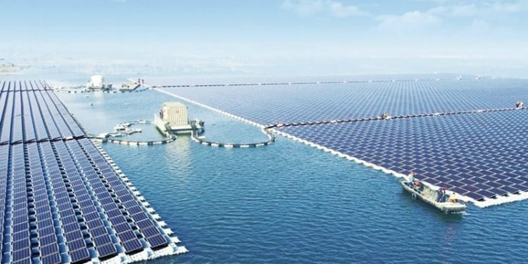 yüzen elektrik santrali