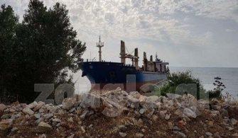 gemi karaya oturdu