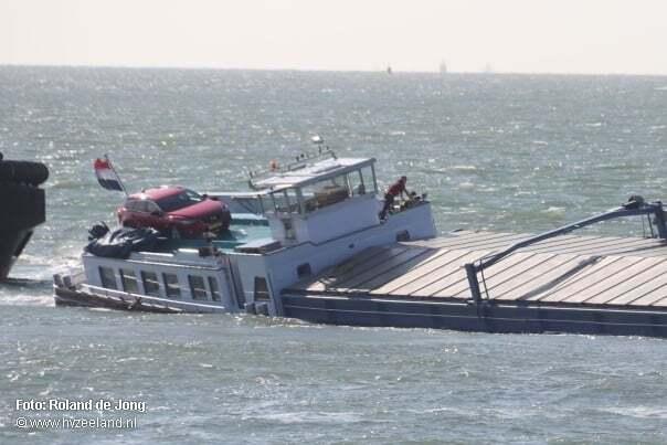 haberler, gundem - Hollanda Gemi Kazası - Gemi Karaya Oturdu | Kaptan Ailesini Kurtardı Kendisi İse Gemide Kaldı