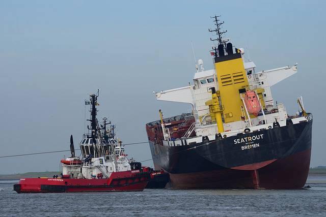 haberler, gundem - Hollanda Tanker Kazası2 - Tanker ve Kuruyük Gemisi Çatıştı