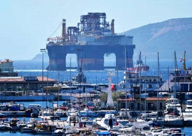haberler, gundem - Scarabeo 9 Petrol Platformu - Dev Platform Çanakkale Boğazında | Boğaz Gemi Trafiğine Kapatıldı