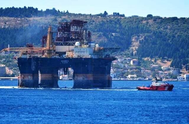 haberler, gundem - Scarabeo 9 Petrol Platformu1 - Dev Platform Çanakkale Boğazında | Boğaz Gemi Trafiğine Kapatıldı