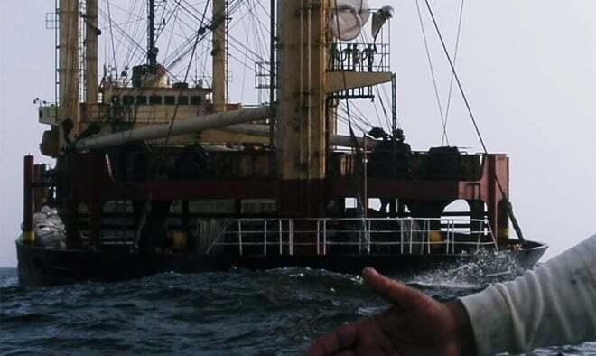 haberler, gundem - Umman Gemi Kazası2 - Umman'da Çelik Malzeme Taşıyan Gemi Battı