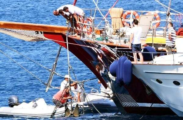 haberler, gundem - bodrum tekne - Bodrum Cennet Koyunda Lüks Yatlar Birbirine Dolandı