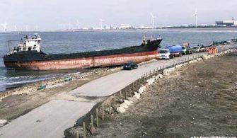 Karaya oturan gemi 1