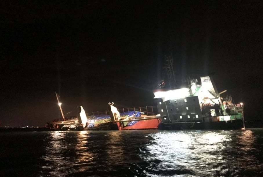 haberler, gundem - Mv Mekhanik Yartsev 5 - Rus Kuruyük Gemisi Tehlikeli Şekilde Yan Yattı