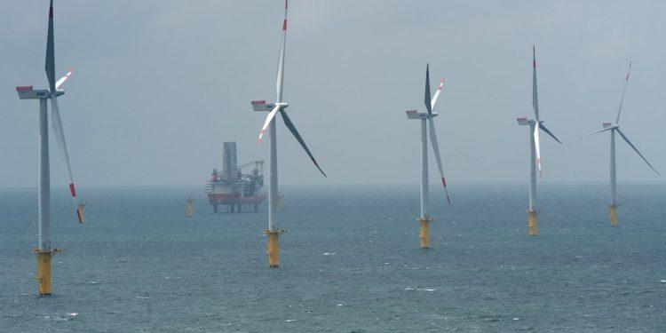 sektorel, haberler - kapak 750x375 - Kuzey Denizine Enerji Adası