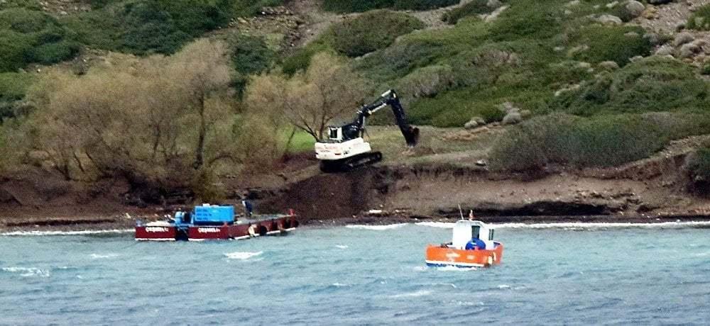 haberler, gundem - Kardak Kayalıkları Sahil Güvenlik 3 - Türk Deniz Kuvvetleri Kardak Kayalıkları İçin İskele İnşaasına Başladı