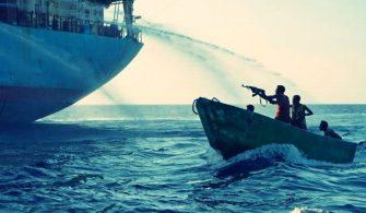 Korsanlar İsviçre Gemisinden 11 Personeli Kaçırdı