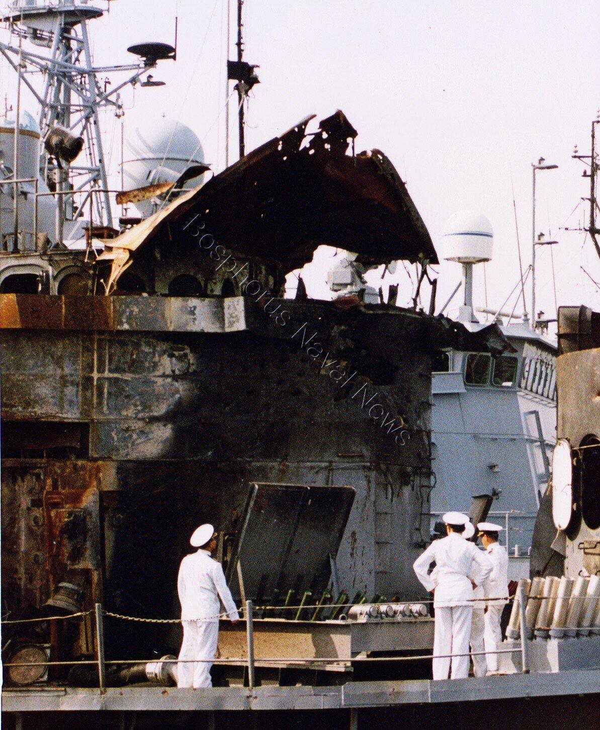 deniz-kultur - TCG Muavenet Gölcükte - Muavenet - Amerikanın Vurduğu Gemimiz