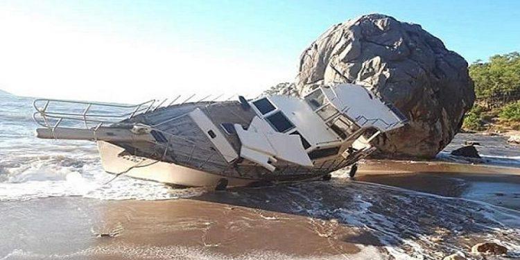 Halatı kopan tekne