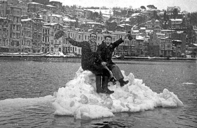 ilginc - istanbul boğazı dondu - İstanbul Boğazı Nasıl Buz Tuttu?