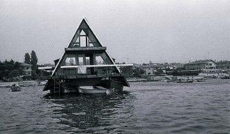 İstanbul'un Yüzen Evleri