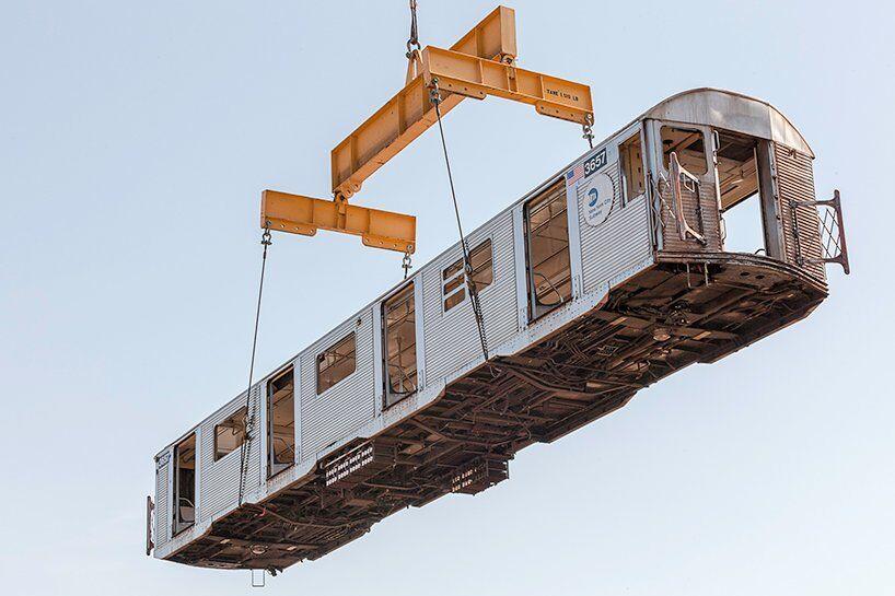 ilginc, haberler - Hurda Vagon 2 - Hurda Metro Vagonları Balıklara Yuva Oldu