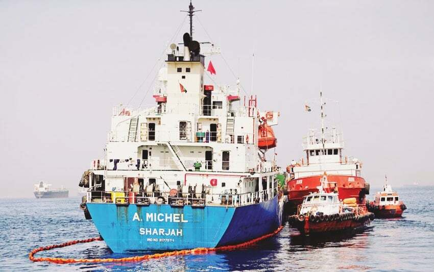 haberler, gundem - Suudi Tanker Hürmüz Boğazı - Suudi Petrol Tankerine Sabotaj Mı Yapıldı