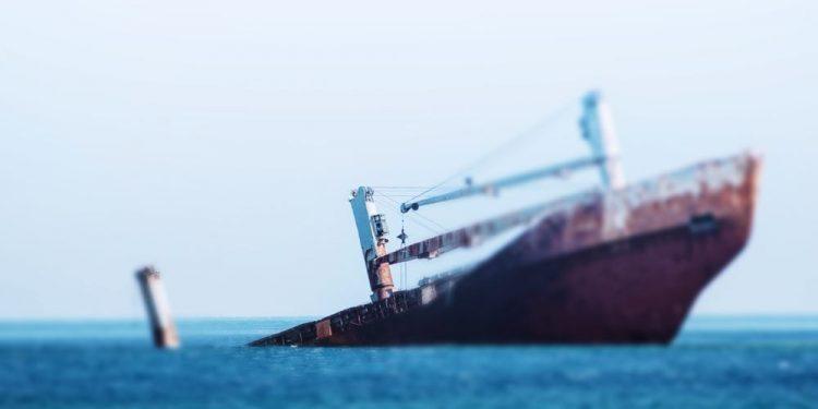 haberler, gundem - Gemi Battı Haber 750x375 - Endonezya'da Yük Gemisi Alabora Oldu 17 Personel Kayıp