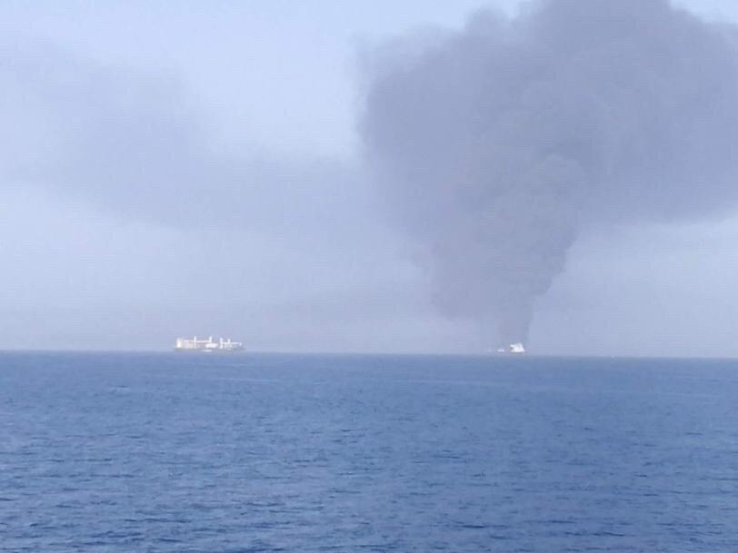 haberler, gundem - Gemiye Korsan Saldırıs - Fujairah Limanında Torpido Saldırısı
