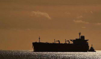 haberler - İngiliz petrol gemisi 335x195 - İran İngiliz Gemisini Durdurmaya Çalıştı