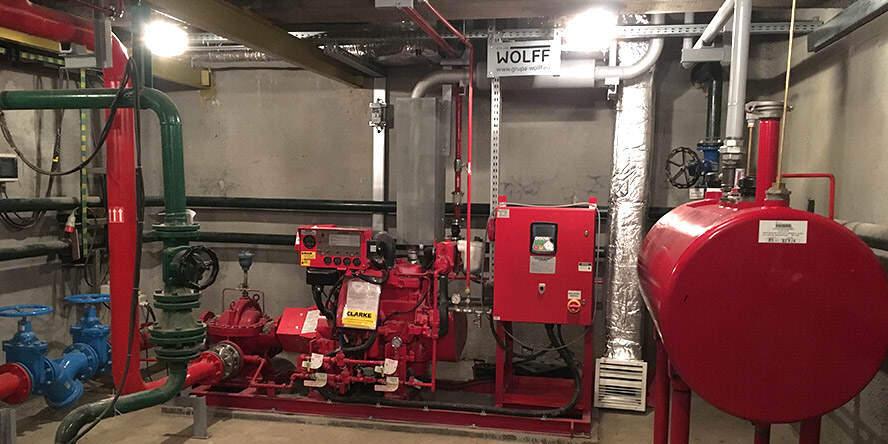 teknik-bilgiler - Acil Durum Yangın Pompası 1 - Makina Dairesi Acil Durum Sistemleri