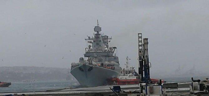 haberler - 4 132 - Rus Savaş Gemisi İstanbul Boğazı'nda arızalandı