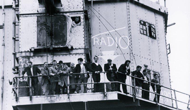 ilginc - pirate radio ship korsan radyo gemisi - Korsan Kaset, Korsan Film. Peki Bunlara Neden Korsan Deniliyor?